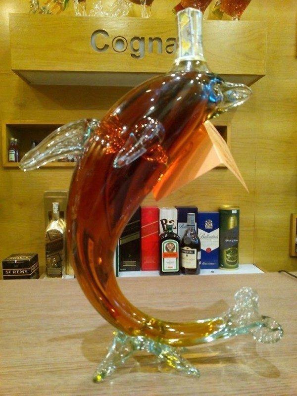 rượu con cá heo